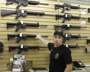 Decizie istorica in SUA: Armele de foc ar putea fi interzise