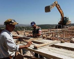 Israelul va angaja 2.000 de muncitori romani si bulgari in domeniul constructiilor
