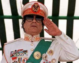 Dictatorii, pe cale de disparitie