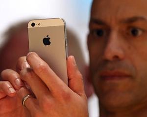 Cat trebuie sa munceasca un roman de rand, pentru a-si cumpara un iPhone 4S