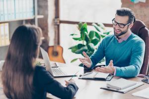 8 beneficii oferite de companii pentru atragerea candidatilor de top