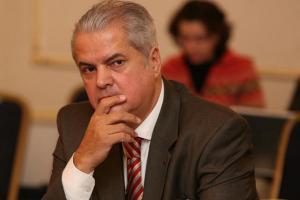 Adrian Nastase: Congresul PSD risca sa sparga in bucati partidul si sa duca la o criza guvernamentala