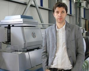 Interviu Adrian Profir (Profi Print). Despre brandurile comuniste dorite a fi reinviate si ce legatura are publicitatea outdoor cu politica