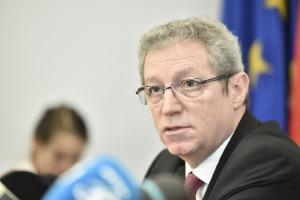 Adrian Streinu-Cercel cere protectie legislativa pentru achizitiile facute in aceasta perioada: O sa vina sa ne traga de maneca