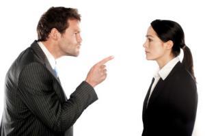 10 obiceiuri proaste care il enerveaza pe seful tau