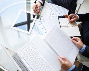 Regulile unei afaceri de succes, oferite de antreprenori faimosi
