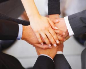 Afacerile de familie: 7 pasi pentru atingerea succesului