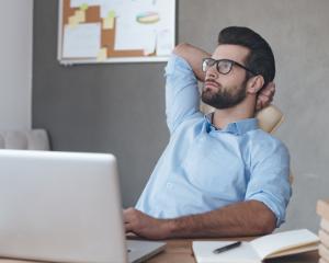6 motive pentru care afacerea ta poate deveni o gaura neagra in buzunar si cum sa le eviti