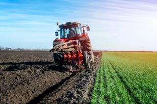 Vesti proaste pentru fermieri: Strategia pentru irigatii nu va fi finantata prin PNRR
