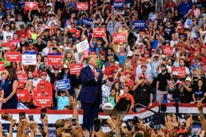 Donald Trump si-a lansat campania pentru al doilea mandat si le promite americanilor ca vor ajunge pe Marte, dar si leac pentru SIDA si cancer
