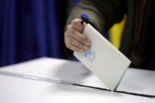 Sondaj CURS: Daca maine ar fi alegeri parlamentare, PSD ar castiga competitia