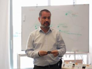 INTERVIU. Alexandru Seremet, PR BMW Group, despre motorizari hibrid, electrice si pe hidrogen. Infrastructura ramane o problema