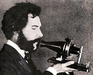 7 martie 1876: Graham Bell patenteaza telefonul