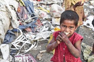 Ce fac oamenii cand le este foame? Unii mananca, altii rabda