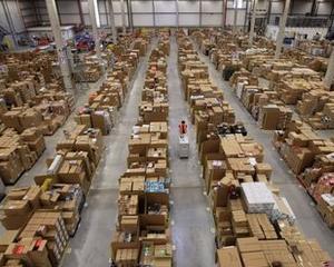 Conditiile in care lucreaza angajatii depozitelor Amazon pot determina aparitia unor boli fizice si psihice