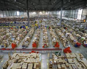 15 date fascinante despre compania Amazon
