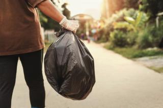 Dosare penale si amenzi grele pentru gunoiul lasat la intamplare