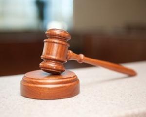 Americanii isi inchid tribunalele, din cauza lipsei banilor