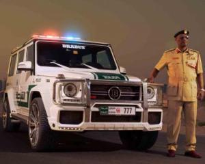 Politistii din Dubai vor conduce un Mercedes-Benz G63 AMG de 690 cai-putere