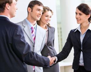 Angajatorii au oferit peste 420.000 de locuri de munca, in noua luni