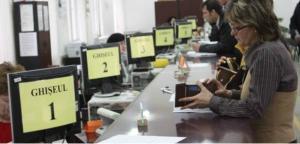 Teodorovici vrea sa angajeze la stat absolventi de facultate, fara examen