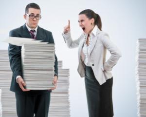 8 greseli pe care sefii le fac fata de angajatii lor