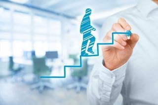 Pandemic business: Cum ajuta marile companii parintii in aceasta perioada