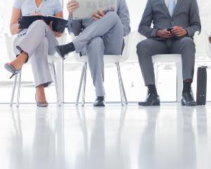 Lupta companiilor private pentru a supravietui in Romania. De ce nu mai avem angajati performanti?