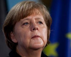 """Angela Merkel avertizeaza Rusia lui Putin ca risca daune economice """"masive"""""""