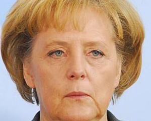 "Merkel, ""atacata"" de o drona. Cancelarul a zambit copios"