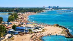 ANPC a dat amenzi de 1.890.000 lei operatorilor economici de pe litoral