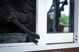 Top 5 elemente de siguranta antiefractie la ferestrele casei