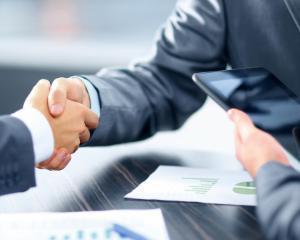 45% dintre antreprenorii creativi planuiesc sa isi extinda afacerile in urmatorul an, arata Barometrul Mintilor Creative, un studiu realizat de UniCredit Bank
