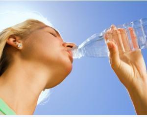 Profi a donat 19.200 de litri de apa potabila sinistratilor