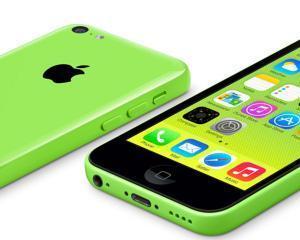 Apple a anuntat ca va inlocui anumite componente defecte de la iPhone 5