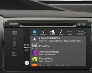 Toyota va lansa prima masina cu CarPlay de la Apple in 2015