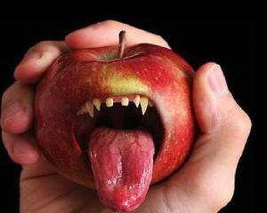 In fiecare an, pe eBay sunt vandute produse Apple in valoare de un miliard de dolari
