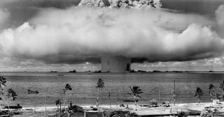 50 de state au semnat un tratat international de interzicere a focoaselor nucleare. Printre ele nu se regaseste niciuna dintre tarile care detin astfel de arme