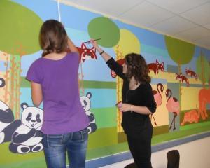 """""""Arta pentru viata"""", proiectul care alina bolnavii"""