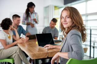 Managementul performantei: cum te ajuta solutiile software sa cresti si sa evaluezi rezultatele echipei