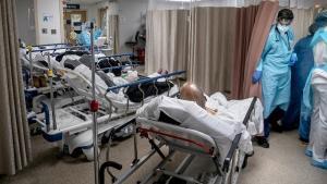 De ce nu sunt lasati asimptomaticii acasa? Explicatia unui medic care ingrijeste pacienti COVID in Romania