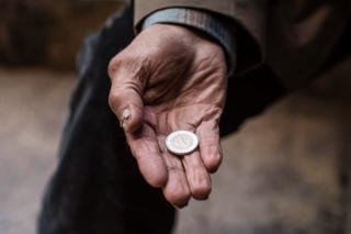 Guvernul trimite asistatii social la munca. Turcan: Jumatate dintre beneficiarii de ajutor social verificati au fost indrumati catre locuri de munca