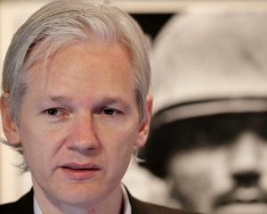 Wikileaks inspira mai multa teama decat acum doi ani