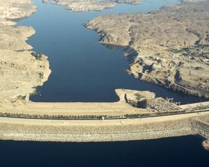 9 ianuarie 1960: incepe construirea barajului de la Aswan