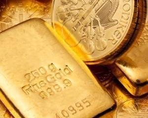 Aurul are cel mai scazut pret din ultimele luni