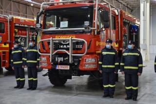 Inspectoratul General pentru Situatii de Urgenta a primit 10 autospeciale proiectate pentru stingerea incendiilor de padure
