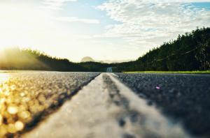 Iohannis: Este absolut necesara o autostrada care sa lege Moldova de restul tarii si de Europa