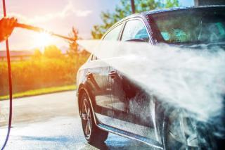 De ce este important sa speli masina in mod constant