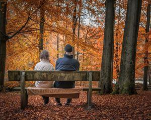 Cati salariati au sustinut pensiile varstnicilor in Romania in 2016
