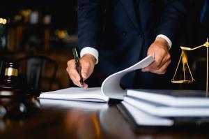 Avantajele si dezavantajele unei cariere in contabilitate